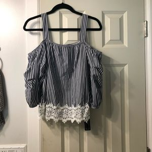 Stripped off the shoulder shirt NEW